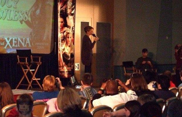 Evento - Eu no palco com a atriz que fez Xena