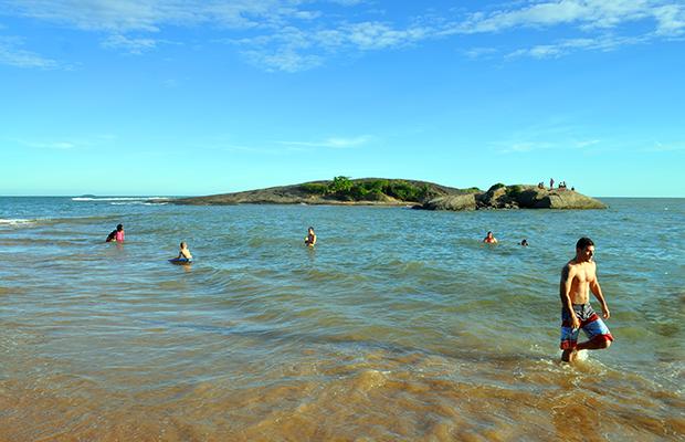praia-de-setiba-03
