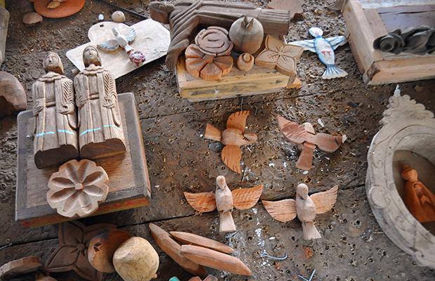 Lojas Artesanato Lisboa ~ O artesanato de Bichinho e a arte de Toti Pé na Estrada