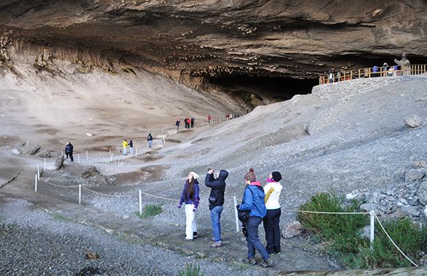 Como é visitar a Cueva del Milodón