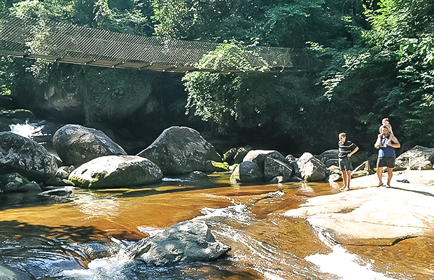 Trilha da Cachoeira da Lage