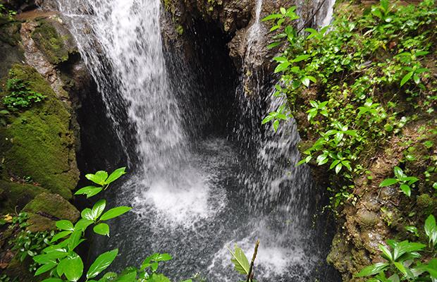 A trilha de cachoeiras da Boca da Onça