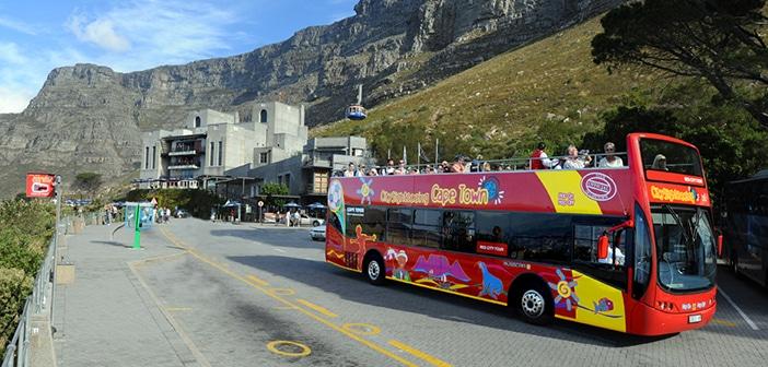 O city tour no ônibus vermelho de Cape Town