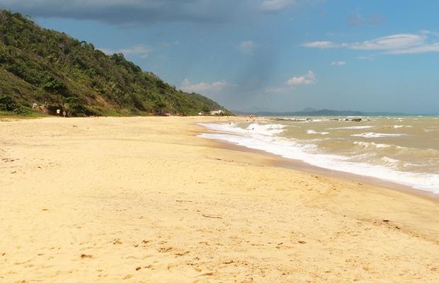 Conheça as praias de Itapemirim, no Espírito Santo