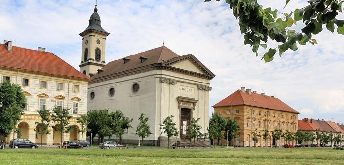 A fortaleza de Terezín e a cidade quase perfeita