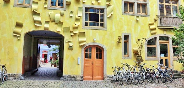 Conheça o divertido Kunsthofpassage