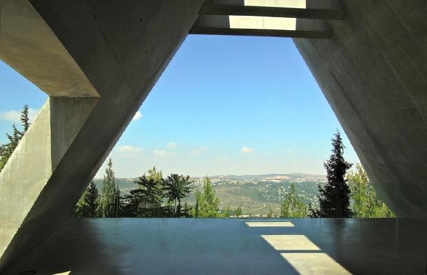 Como é visitar o Yad Vashem, o Memorial do Holocausto