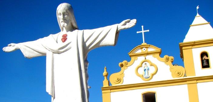 Turismo religioso agita Arraial D'Ajuda