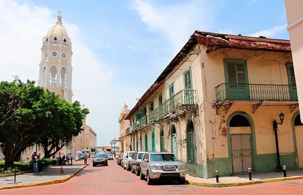 Casco Viejo: um dia no Panamá