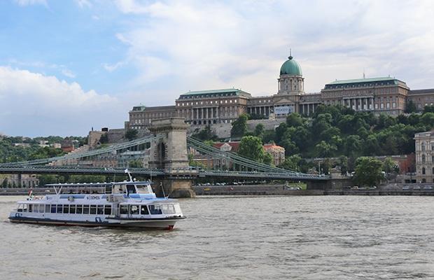 Budapeste: o clássico passeio pelo Rio Danúbio