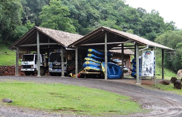 Adrenalina no Brasil Raft Park