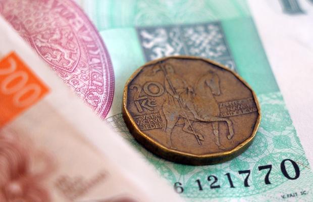 Dinheiro na República Tcheca: câmbio, saques e taxas