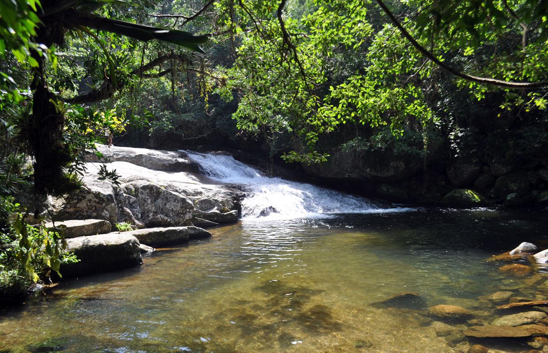 Onde ficar em Ilhabela: Cachoeira do Lage