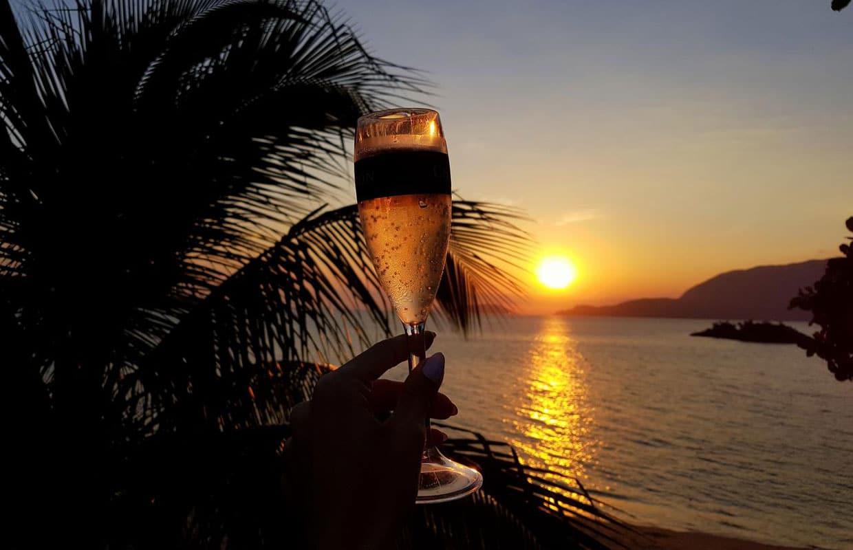 Onde ficar em Ilhabela: pôr do sol