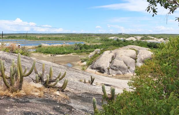 Trilha da Carnaúba: entre as pedras de Chaval