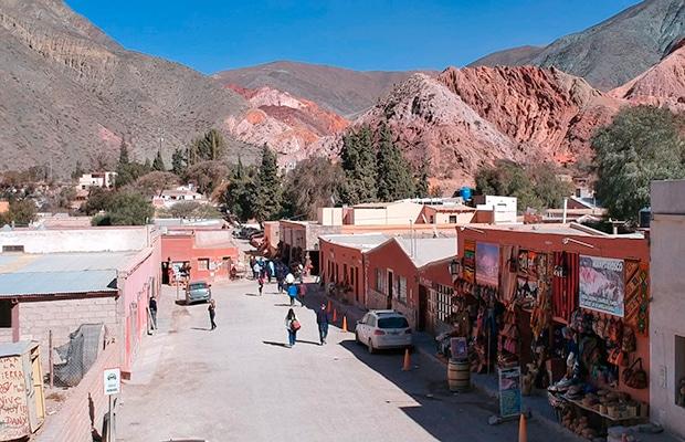 Cerro de los Siete Colores: a montanha colorida da Argentina