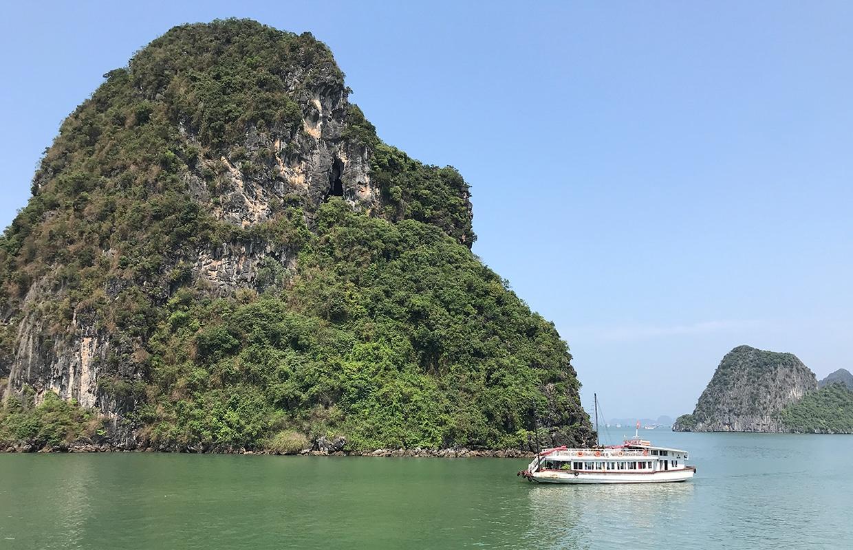 Como é o cruzeiro na Baía de Halong